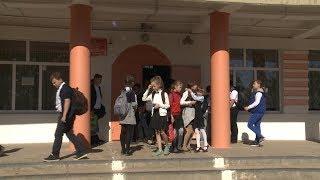 В школе Благодарного учатся в две смены из-за закрытия старого корпуса