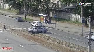 ДТП Бийск Вылетел на трамвайные пути по ул. Мерлина 29.08.2018