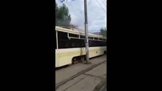 На 50 лет Октября задымился трамвай маршрута №3