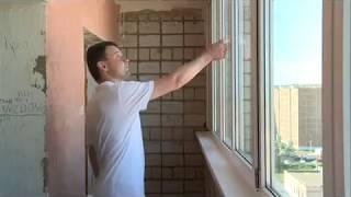 17 07 2018 Жильцов дома в Ижевске обязали демонтировать окна в подъезде, которые они установили