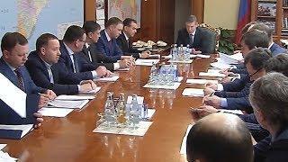 Кондратьев обсудил рестуктуризацию регионального долга с вице-премьером Козаком