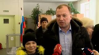 18 03 2018 Сергей Смирнов проголосовал на выборах Президента РФ в Ижевске
