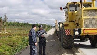 За состоянием югорских тракторов и дорожно-строительных агрегатов следят 87 инженеров Гостехнадзора