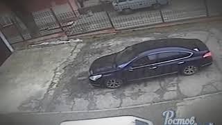 Женщина украла коляску 8.2.2018 Ростов-на-Дону Главный