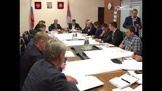 Встреча с жильцами домов по улице Часовой состоялась в региональном Минстрое