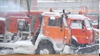 Снегопад парализовал дороги Екатеринбурга