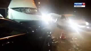 Девять человек пострадали при столкновении «Мерседеса» и пассажирской «Газели»