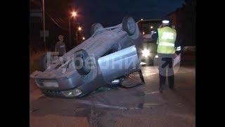 Машина автолюбительницы перевернулась после ДТП в Хабаровске. Mestoprotv