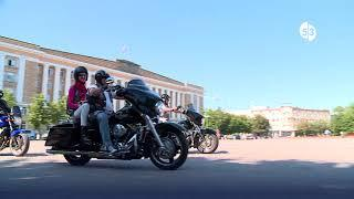 Байкеры ST. PETERSBURG HARLEY®DAYS в Великом Новгороде