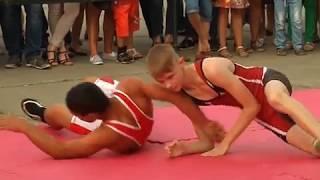 Достоинства здорового образа жизни показали спортсмены ЕАО в День физкультурника (РИА Биробиджан)