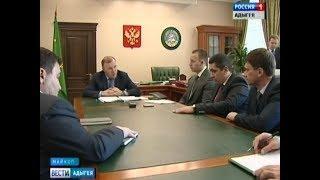 Глава Адыгеи встретился с участниками конкурса управленцев «Лидеры России»