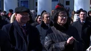 Рядом с памятником Олегу Табакову открыли доску почета работников культуры