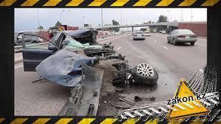 Смертельное ДТП в Алматы: легковушка врезалась в грузовик