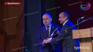 В Дагестане отметили 100-летний юбилей Магомед-Салама Умаханова