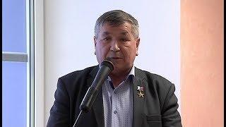 Герой труда из Сургута встретился с мастерами нефтянки