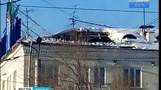 В жилом доме в центре Ангарска провалилась крыша