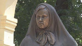 В Ставрополе открыли памятник Римме Ивановой.