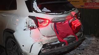 Рулевая Mercedes пострадала в серьезном ДТП с грузовиком на Бородинской