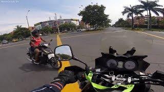 Агрессивные люди против мотоциклистов. Аварии мотоциклистов. Мото дтп 2018.