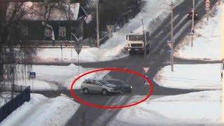 ДТП в Серпухове. Снова не уступил дорогу... 25  февраля 2018г.