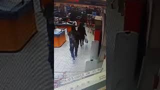 Скрывающаяся Власкина с отцом: запись видеокамер