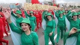 Празднуют и протестуют: все противоречия Дня независимости Беларуси. Обсуждение на RTVI