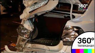 Девять машин, в том числе 3 такси, протаранил самосвал на юге Москвы