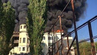 В Волжском выясняют причины пожара на стадионе Логинова