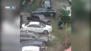 Водителя ВАЗа заперли на стоянке