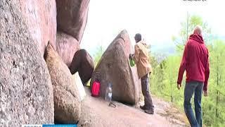 """На красноярских """"Столбах"""" изобрели средство от вандальных надписей на скалах"""