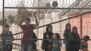 Помощь беженцам в Турции вызывает вопросы