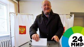 Жители Чукотки голосуют в 30-градусный мороз - МИР 24