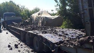В Туле в ДТП военному броневику оторвало колесо