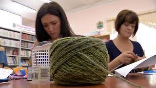 Благовещенские мастерицы вяжут одежду для недоношенных малышей областного перинатального центра