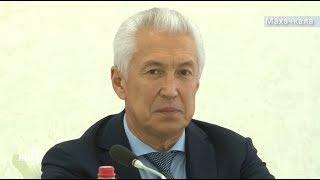 Владимир Васильев встретился с участниками Международного фестиваля «Горцы»