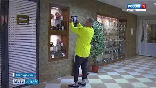В Белокурихе открылась выставка раритетных фотоаппаратов