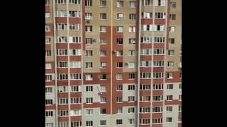 В Ставрополе школьница устроила опасное развлечение на 12 этаже