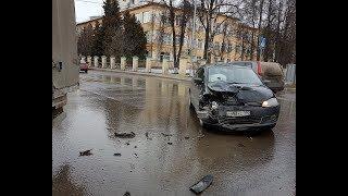 ДТП в Ивантеевке 02.04.18. Первомайская площадь