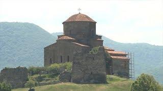 Съемочная группа «Руссо Туристо» отправилась в путешествие по святым местам Грузии