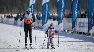 Югорчане пробежали лыжный марафон вместе с олимпийскими чемпионами