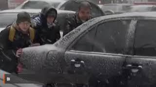 300 ДТП и 10-балльные пробки; Киев парализовал первый снег