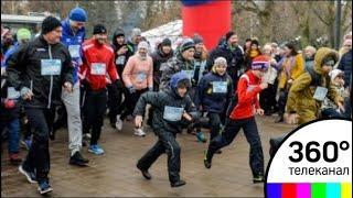 Забег в поддержку российских спортсменов на Олимпийских играх прошёл в Москве