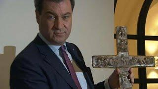 Бавария: спор о христианском кресте