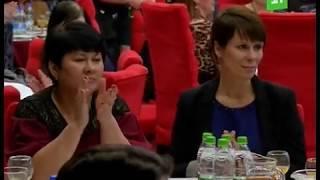 """Самых успешных мам Челябинска поздравили с """"профессиональным"""" праздником"""