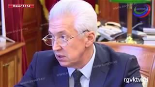 Владимир Васильев провел встречу с представителями Федерации спортивной борьбы России