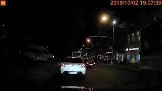 Водитель ставропольской маршрутки решил объехать пробку по пешеходному проспекту