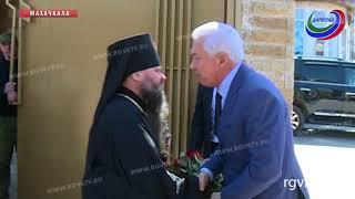 Врио главы Дагестана посетил Свято-Успенский кафедральный собор