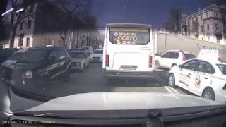 Фура перегородила дорогу в Воронеже