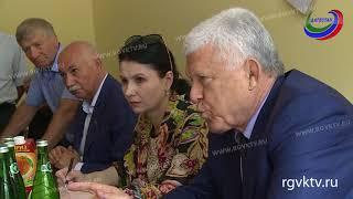 Спикер дагестанского парламента Хизри Шихсаидов посетил республиканский онкологический диспансер