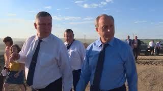 На ликвидацию возгорания на мусорных полигонах под Саратовом губернатор дал три дня